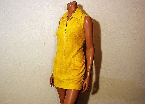 1960s dress / Sunny Side Up Vintage 60's Terry Cloth Catalina Beach Bunny Cover Up