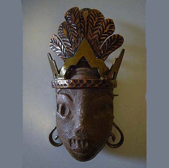 Vintage 40's Tribal Maya Mexico Brooch Pendant in One