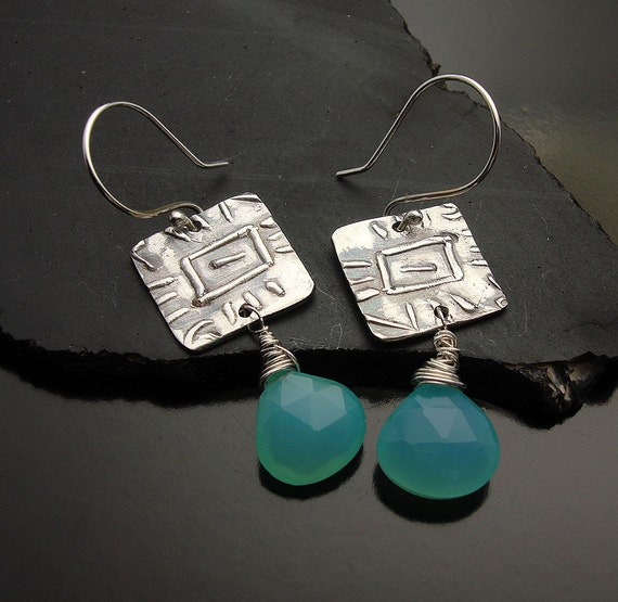 Cool Water Peruvian Chalcedony and  Silver earring