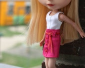 Buttons Down - a skirt for Blythe.