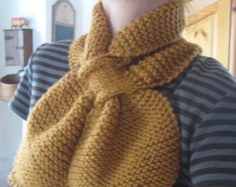 GingerBread Bow-tie Scarflette