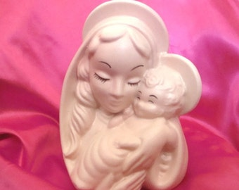 1940s Hull Madonna and Child Head Vase
