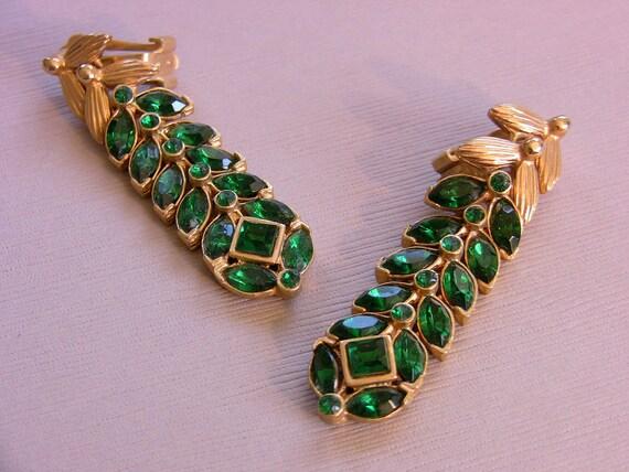 Vintage Pair Rhinestone Emerald Green Color Link Clip On Earrings