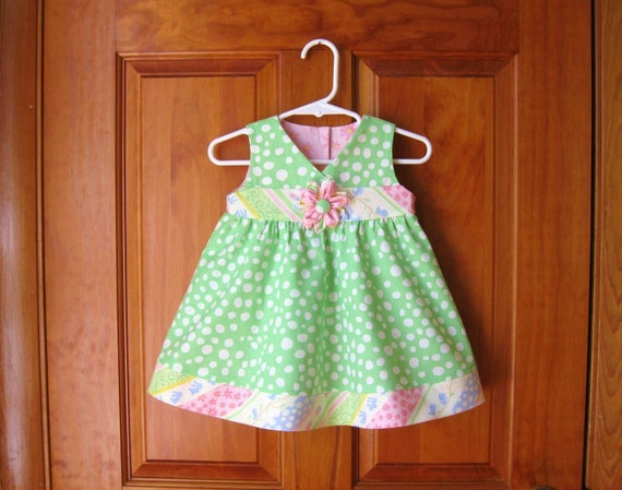 Baby girl dress and short set green & white dots with pink, white, blue Size 6Mo.