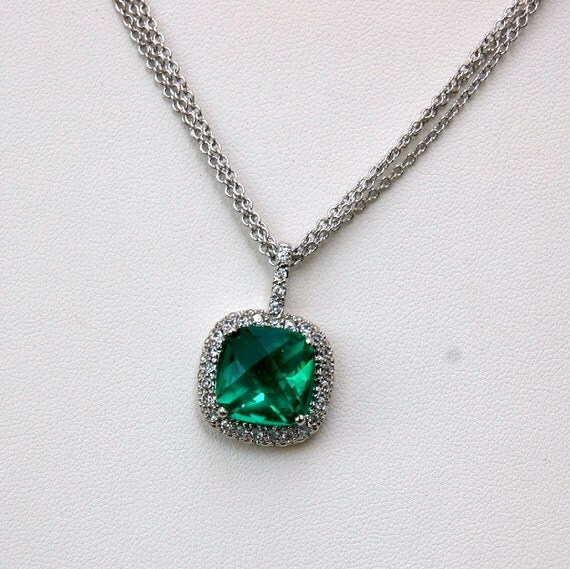 Vintage Simulated Emerald and Rhinestone Necklace