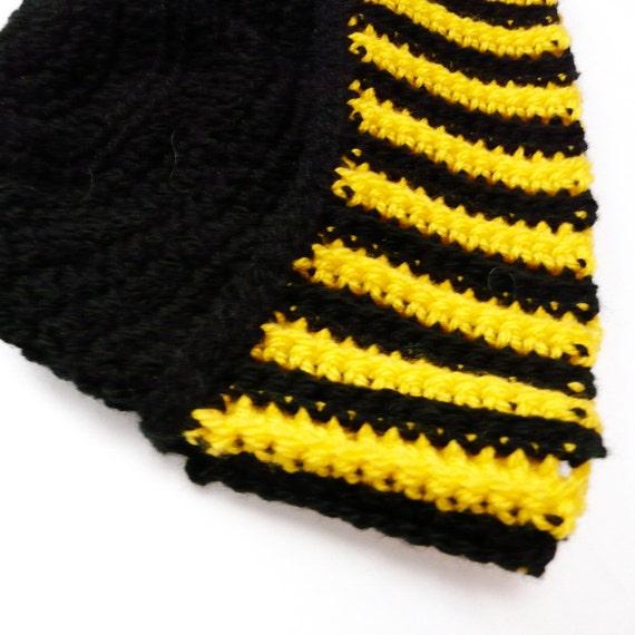 Crochet Hat Beanie Bonnet in Black and Bright Yellow - OOAK