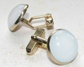 Vintage Mid Century Gold Cuff Links