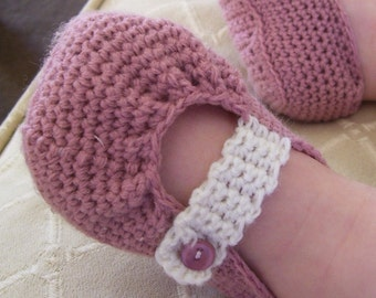 Download Now - CROCHET PATTERN Pretty Pleated Mary Janes - Baby and Toddler - Pattern PDF