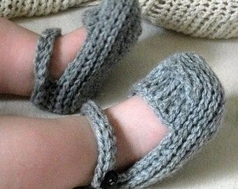 Download Now - CROCHET PATTERN Knit-Look Crocheted Mary Janes - 0-12 mos - Pattern PDF
