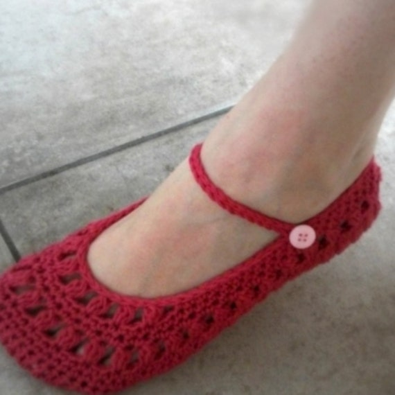 Download Now - CROCHET PATTERN Ladies Sweetheart Mary Janes - Slippers - Pattern PDF