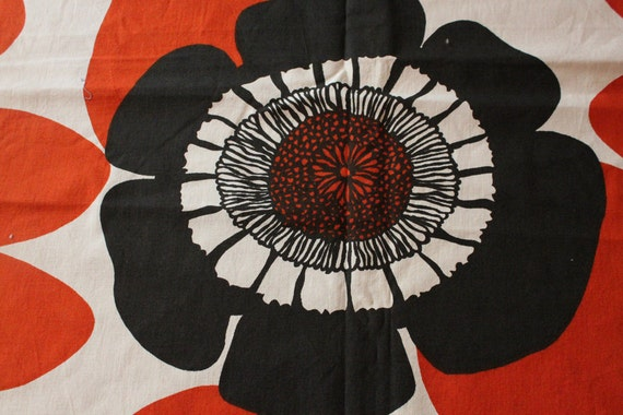 Unbelievable gorgeous Finnish vintage fabric or curtain