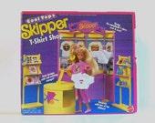 1980s Skipper set / 80s Barbie children's toy / Skipper T-Shirt Shop Play Set