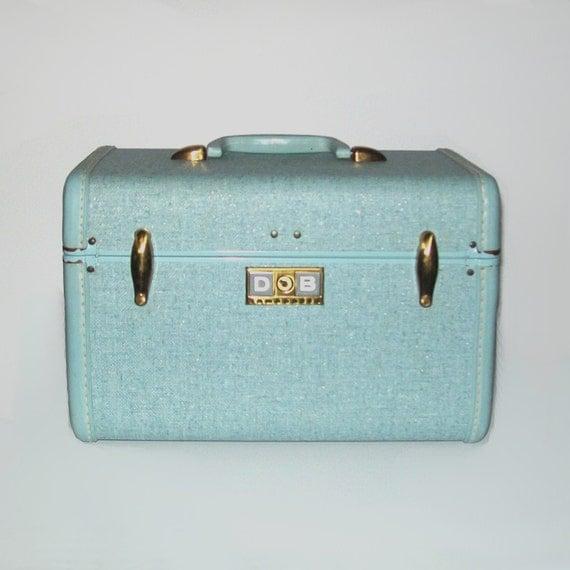 Vintage 50s Sky Blue Gleam Samsonite Luggage Train Case