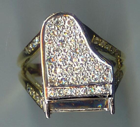 Items similar to 18 KARAT GOLD DIAMOND PIANO RING on Etsy