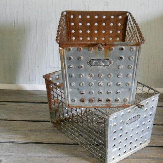 Dot Front Androck Locker Basket No. 94