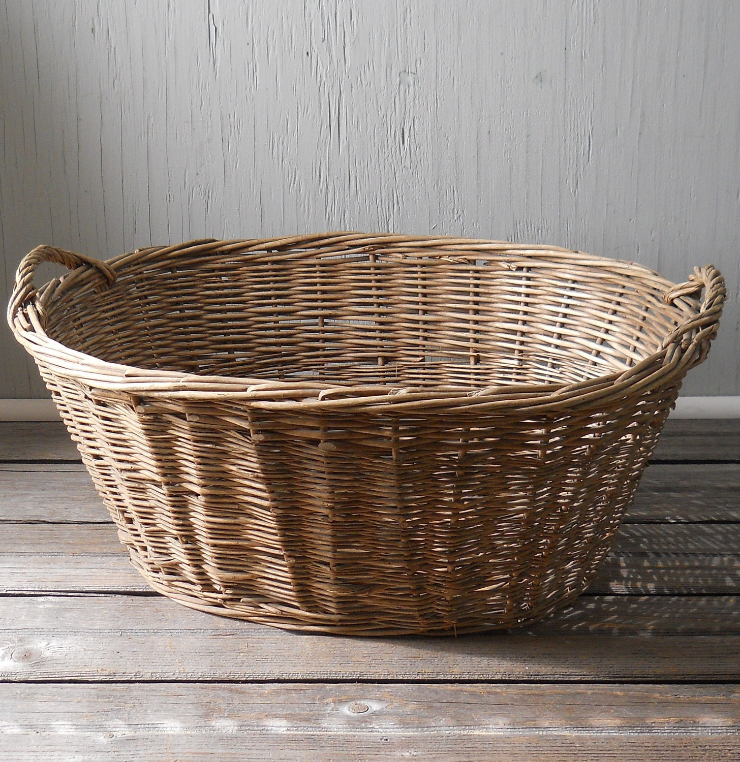 Vintage Wicker Laundry Basket Large Oval No 1
