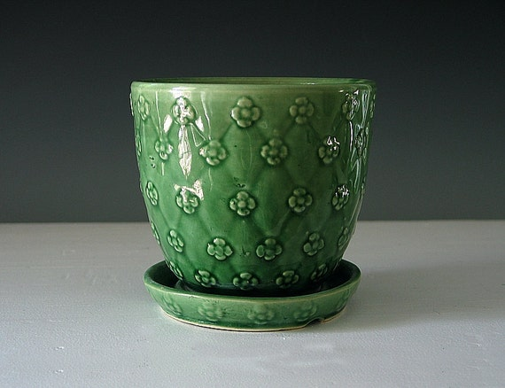 Vintage Shawnee Flower Pot Quilted Pattern Green Pottery