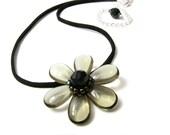 Dusk Daisy Pendant Necklace