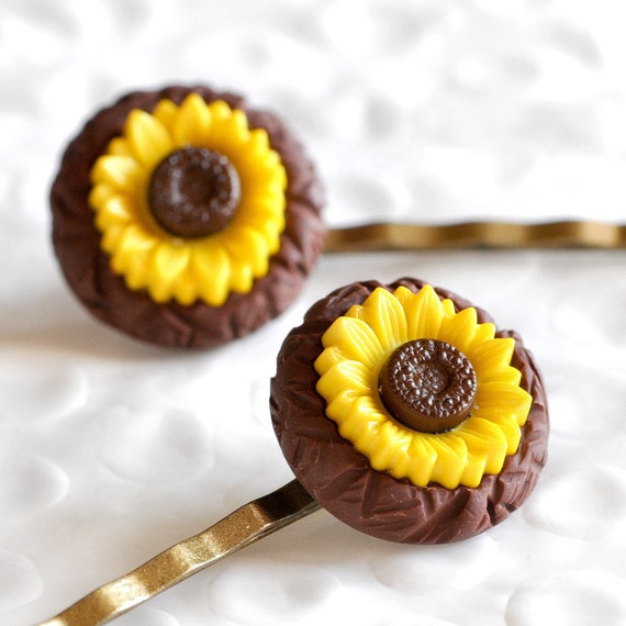 Sunflower Bobby Pins for Weddings Bridesmaid, Flower Girl Bridal Party Accessories in Textured Brown Polymer Clay