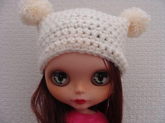 Crochet hat with pom-poms for Blythe