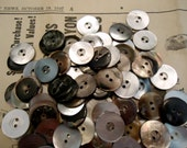 """Mother of pearl vintage buttons 100 new old stock antique 3/4"""" brownish/black"""