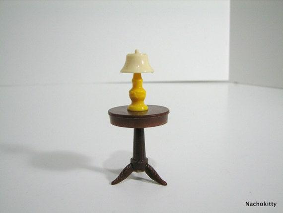 Vintage Renwal Dollhouse Table Top Lamp