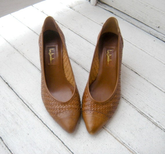 RESERVED LISTING - Vintage 80s Chestnut Brown Woven Leather Heels Sz 7-7.5 Euro 37.5-38