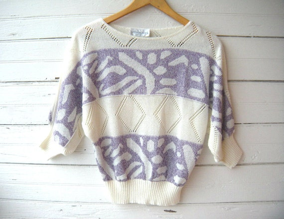 Vintage 70s 80s Creme and Purple Dolman Sleeve Sweater