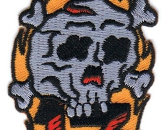lucky 13 skull embroidered patch