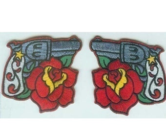 Pair of embroidered traditional six gun with roses Iron on patches