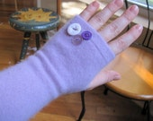 Lilac CASHMERE Fingerless Gloves with 3-Button Trim