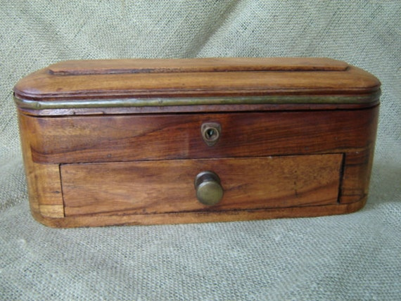 Wooden Glove Box ~ Vintage wooden vanity dresser box glove by magark on etsy
