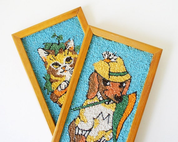 Vintage cat and dog rock painting wall hangings
