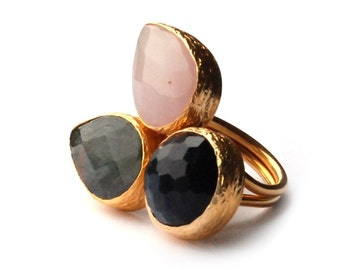 Three Stones Ring with Pink Quartz, Purple Amethyst and a Grey Labrodorite Stone
