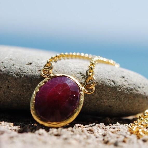 Uno Ruby Necklace