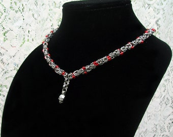 Skull necklace, beaded Byzantine Chainmaille, skull jewelry, skull pendant, beaded necklace, beaded jewelry, skull beads