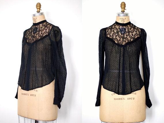 vintage 1900's Lost Horizon Lace Blouse (00's)