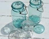3 Blue Mason Jars with Bails and 2 Lids - Blowing Day Group