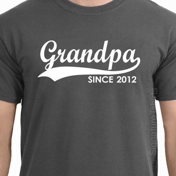 GRANDPA Since (ANY YEAR) T-Shirt tshirt - Personalized Father's Day tshirt Christmas gift grandparent Granddad to be Mens T-Shirt tee shirt