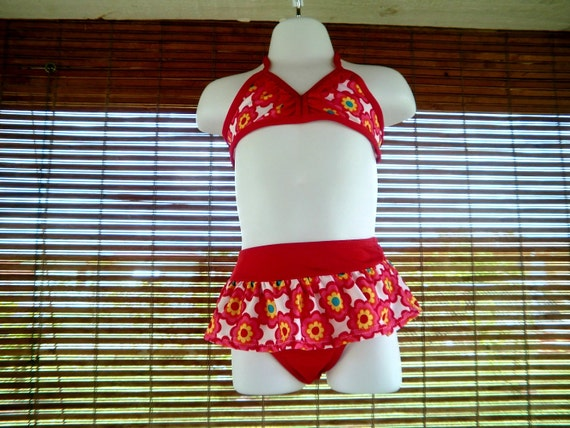 TWO- PIECE BATHING suit in size 2T  Swimsuit
