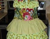 Five-ruffled apron in designer fabric