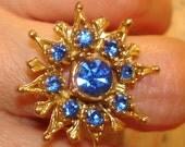 SALE festive vintage blue crystal gem cocktail ring