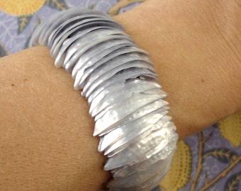 vintage periwinkle lilac purple iridescent shell expansion cuff bracelet