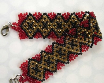 beaded vintage red black and yellow harlequin pattern bracelet