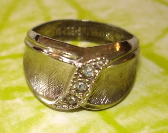SALE vintage ESPO sterling silver and rhinestone ring