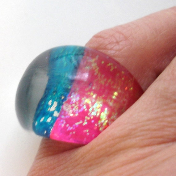 vintage pink and blue lucite sparkling bubble dome ring