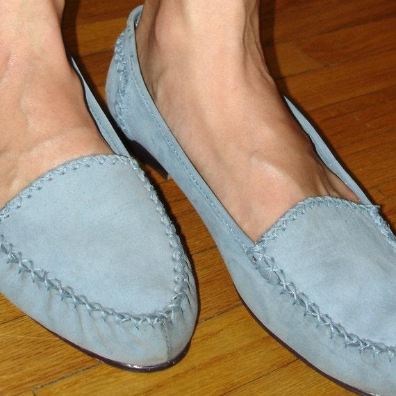 SALE vintage powder blue super soft suede moccasin loafer flats 8.5