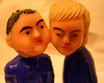 Plastic Kissing Nodders Old Lovers Valentine SALE We Used to Kiss BUT NOW We Miss Altered Art Supplies