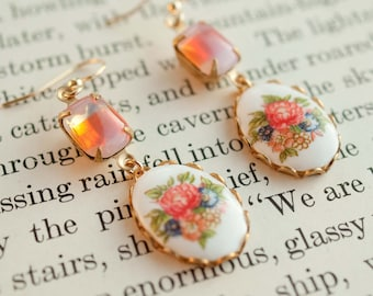 Adèle.  Floral Cabochon Earrings with Hyacinth Glass