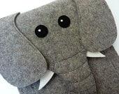 Elephant iPad mini  1, 2, 3, 4 felt case // Animal felt sleeve // iPad mini shoulder bag
